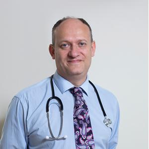 Dr._Adam_Fox_Consultant_Paediatric_Allergist-Allergy London